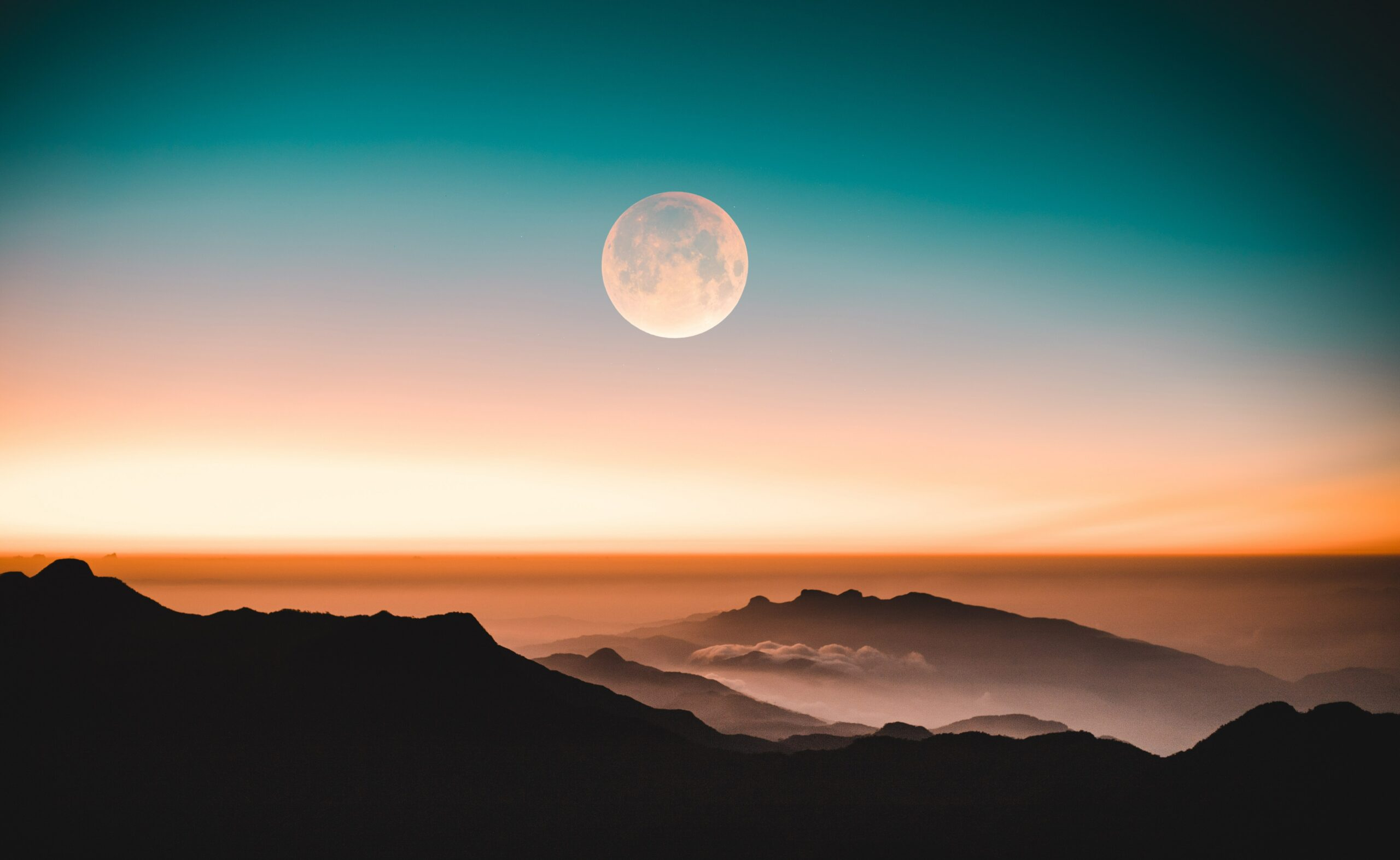 Naar de maan en terug: onze boekentips over de maan