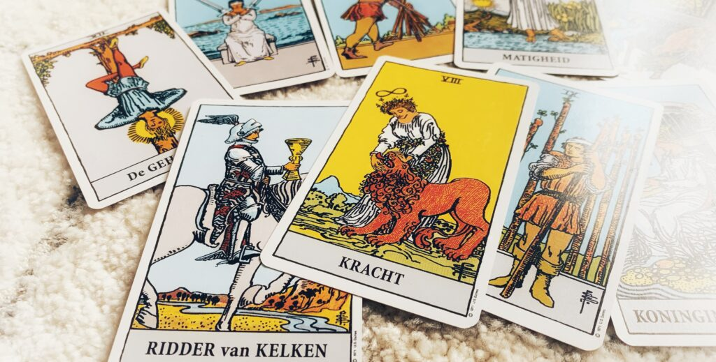 How to… Tarot